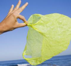 Почему россияне не готовы отказаться от пластиковых пакетов