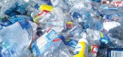 Смогут ли микробы превратить пластиковые отходы в биопластик?