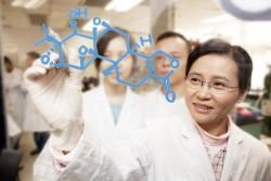 Китай сравнялся с США по степени влияния на науку