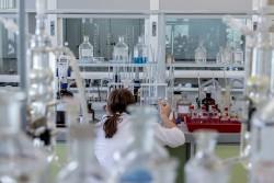Нобелевскую премию 2018 по химии присудили за зеленые разработки