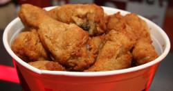 Сеть KFC впервые добавила в меню искусственную курицу