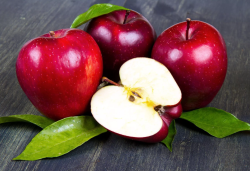 Ученые вывели сорт яблок, которые остаются свежими целый год